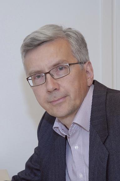 Pertti J. Hakonen